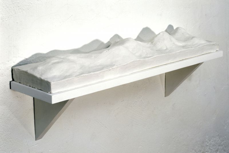 from the series 'Portable Landscapes' / 'Domestic Panorama II', plaster, MDF and acrylic paint, 17 x 71,5 x 25,5 cm, 1998