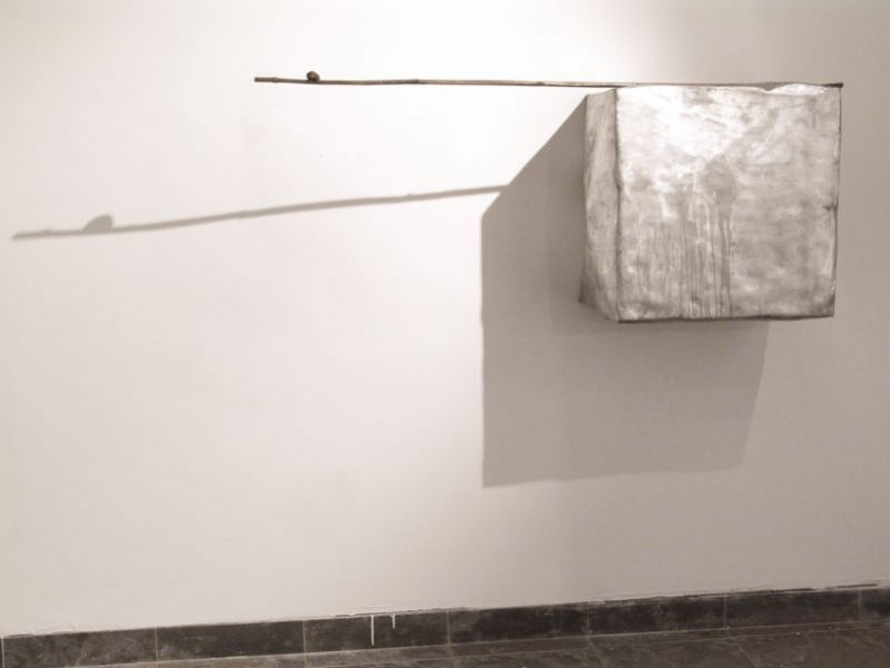 'Silence / 5 elements in bronze and aluminium, probably detached from a graphite and oil drawing, yet to be realized', (detail), casted bronze and casted aluminium, Ermida de Belém, Lisbon (PT) 2010